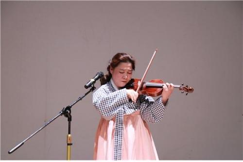 """백진주 바이올리니스트 """"생각을 바꾸면 역경을 이겨요"""""""