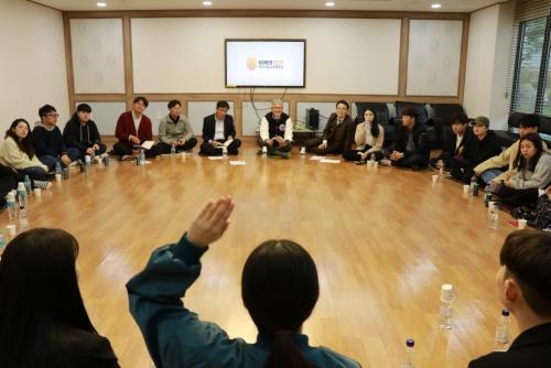 김기영 코리아텍 총장 학생들과 '나우리사랑방'